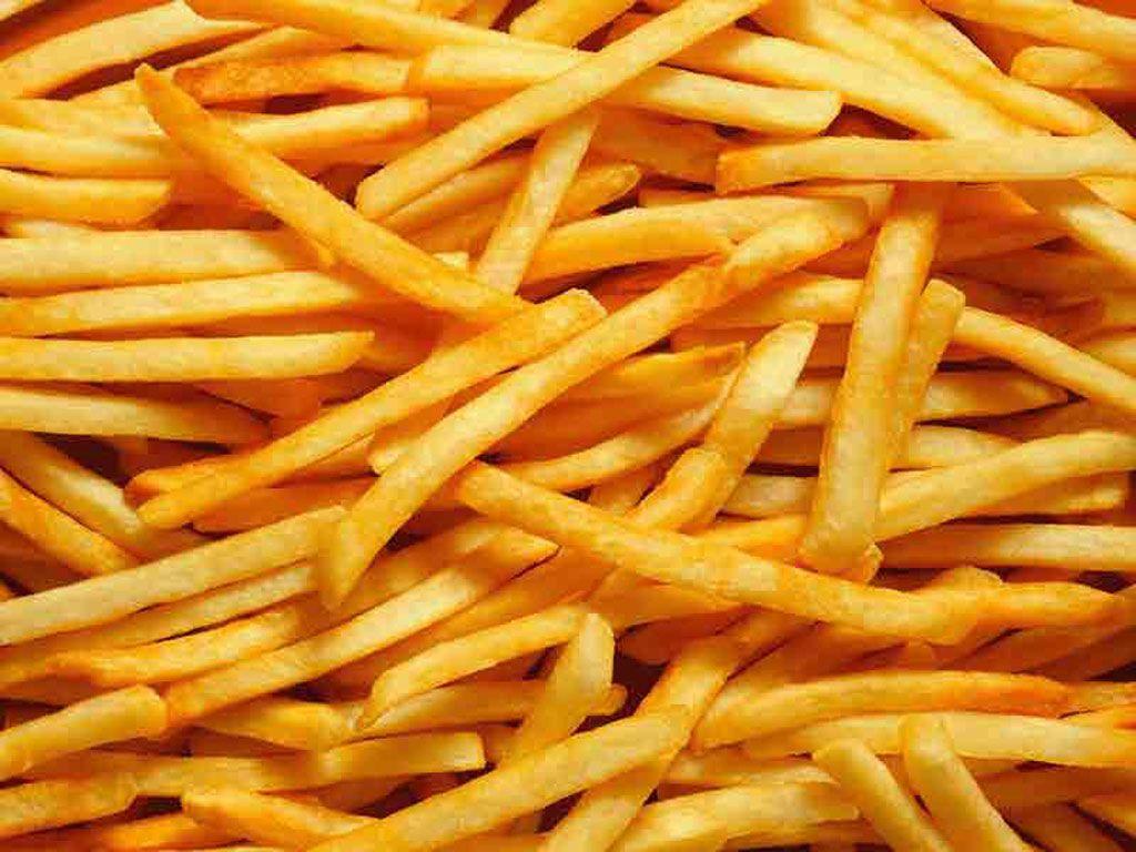 Cum îți faci acasă cartofi prăjiți ca la fast-food, dar în varianta sănătoasă