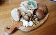 Cum vă dați seama că aveți intoxicație de la ciuperci și ce măsuri de urgență trebuie să luați