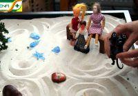 Terapia prin jocul prin jocul cu nisip. În ce constă și ce poate vindeca?