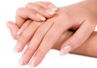 Ce probleme de sănătate poți afla că ai doar privindu-ți unghiile