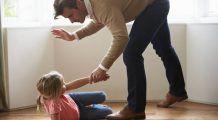 """Câți dintre părinții de azi repetă greșelile părinților lor? INFOGRAFIC """"Generația bătăii rupte din rai"""""""