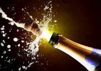 Cum te înfrumusețezi cu șampanie? 4 moduri în care poți folosi șampanie pentru piele, ten și păr
