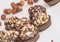 Bomboane Ferrero Rocher cu puține calorii. Ușor de preparat