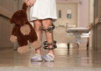 Artrita la copii. Simptomele vizibile și cel mai bun tratament