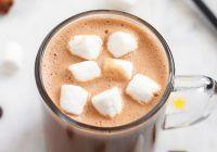 Cum prepari acasă cea mai bună ciocolată caldă ca să o beți în doi