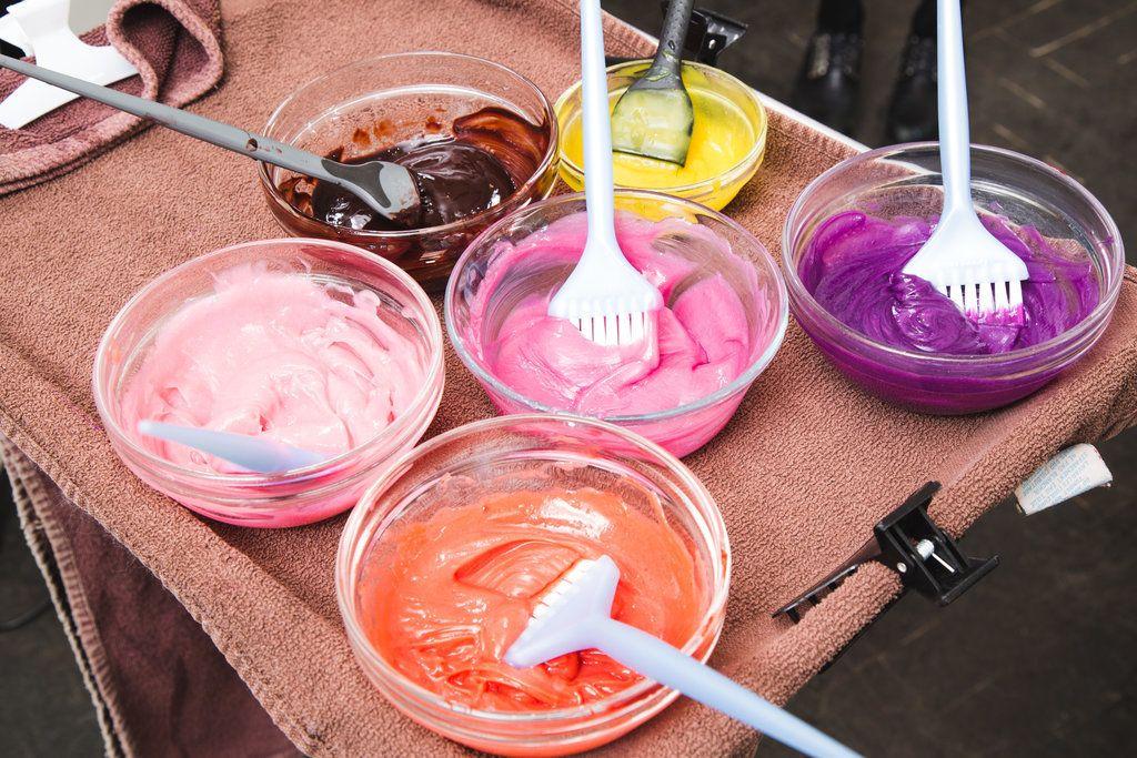 Cum te vopsești după ce te-ai săturat de părul în culori pastelate?
