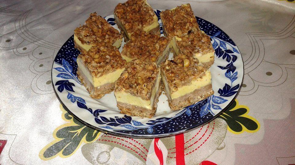 Prăjitură delicioasă cu nuci. Fără făină, fără zahăr și fără coacere