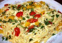 Ingredientul-minune care dă gust mâncărurilor și topește kilogramele. Combate retenția de apă și elimină celulita