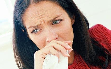"""Ce boală cruntă ar putea ascunde o banală tuse. Pneumolog: În cele mai nefericite cazuri..."""""""