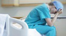 Cadrele medicale care își dau demisia ar putea să-și piardă definitiv dreptul de practică. Anunțul lui Orban
