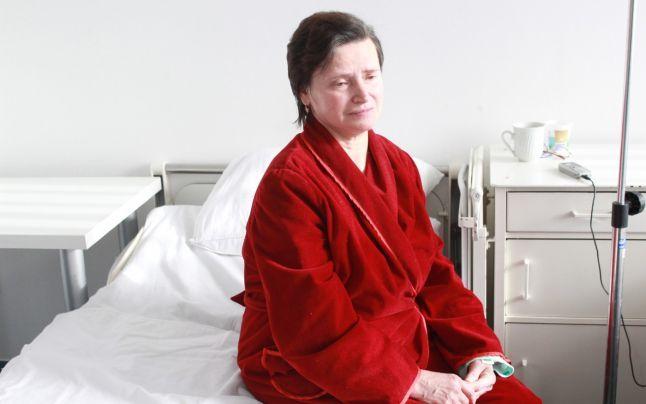 O româncă bolnavă de cancer în stadiu terminal s-a vindecat în mod miraculos. Iată ce tratamente i-au salvat viața