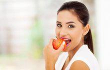 Nutriționist român: Fructele nu sunt altceva decât apă cu zahăr. Dacă le consumăm în loc de mâncare ne încetinim metabolismul