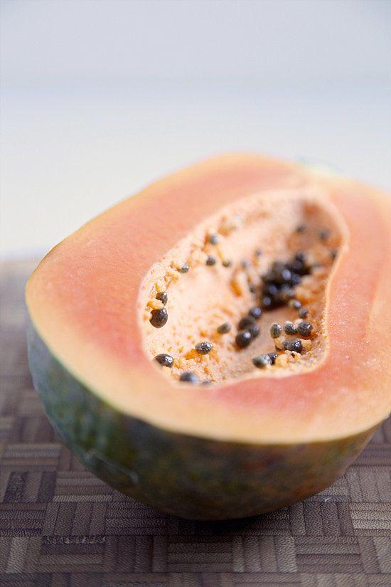 Fructul delicios care te scapă de balonare și flatulență