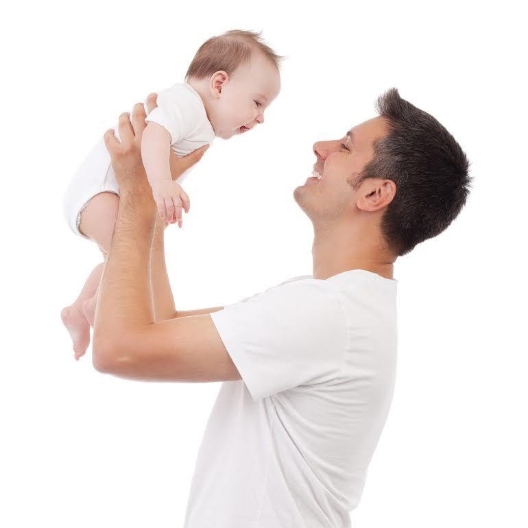 """""""Tu știi dacă poți să devii tată?"""" Factorul masculin, de vină pentru 50% din cazurile de infertilitate în cuplu"""