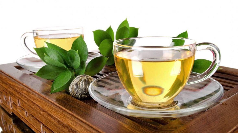 Ceaiul care te poate scăpa de reumatism. Este un remediu excelent în multe afecțiuni