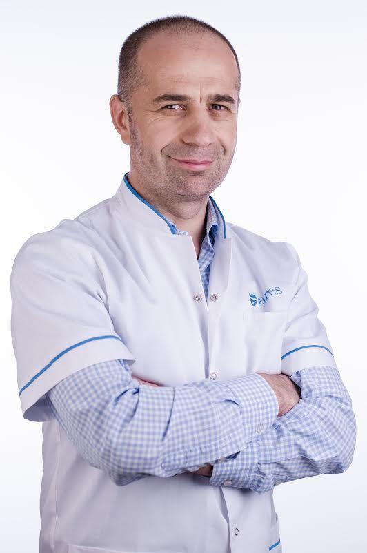 dr. Rares Nechifor