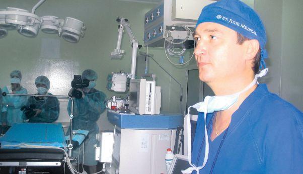 """Situație revoltătoare la Tg. Mureș! Chirurgul Horațiu Suciu face mărturisiri uluitoare: """"Există opt paturi de terapie intensivă pentru toată patologia cardiovasculară pediatrică din România"""""""