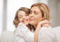 """Psihologul Maria Verdi: """"Nu banii îi vor aduce siguranţă copilului, ci timpul de calitate petrecut cu el"""""""