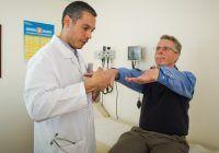 Cum apare boala Parkinson și care sunt primele simptome
