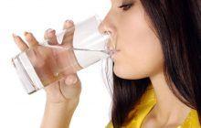 Băutura incrediblă care te vindecă de cancer! Un român a inventat-o! Nu toți au curajul să o încerce