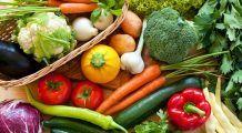 Lista cu fructele și legumele care țin departe cancerul, bolile de inimă, prostata și obezitatea