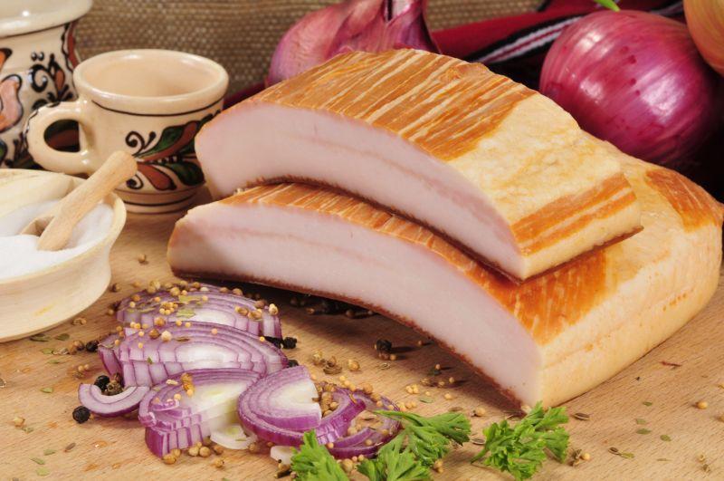 Specialiștii pun la zid o combinație alimentară adorată de români. Cât poate fi de periculoasă pentru sănătate!