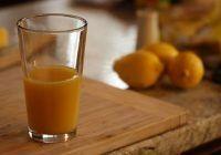 Băutura anti-inflamatoare care ameliorează durerile de articulații și previne bolile de inimă