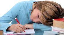 Poziția incorectă a corpului generează… depresie