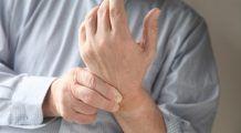 Ce afecţiune GRAVĂ poţi avea dacă îţi AMORŢESC mâinile şi picioarele. Mergi cât mai repede la medic!