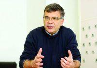 """Prof.dr. Alexandru Blidaru: """"Un factor important în apariția cancerului e vârsta, după 40 de ani, frecvenţa bolii creşte"""""""