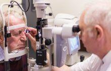 """Un medic oftalmolog cu 50 de ani experiență dezvăluie secretele operațiilor care te scapă de ochelari. """"Vârsta critică a ochiului este 40-45 de ani"""""""