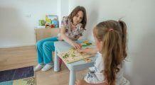 Psihologul avertizează: decât într-o familie disfuncțională, mai bine cu părinții divorțați