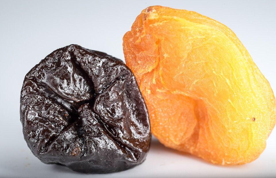 Efectul neașteptat al prunelor uscate. De ce recomandă nutriționiștii să le consumați zilnic