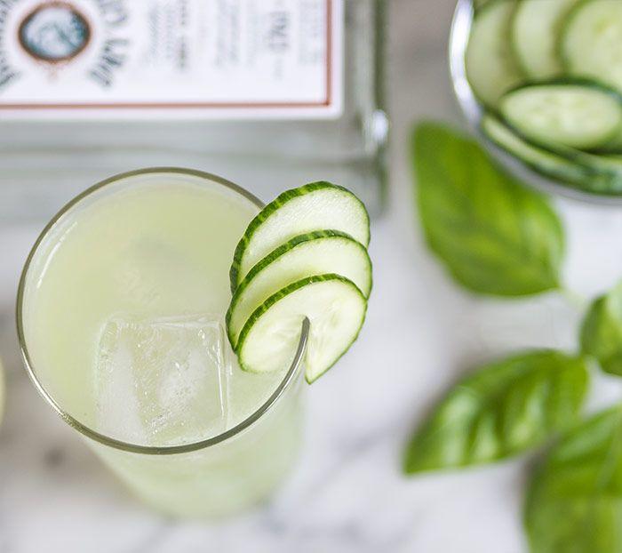 O băutură alcoolică accelerează metabolismul și ajută la slăbit