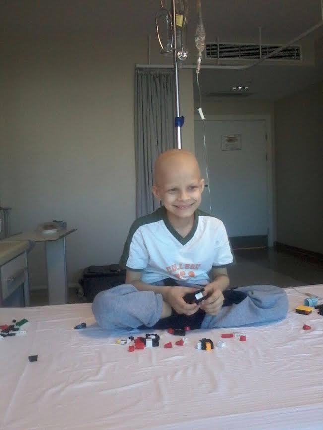 Peste 20.000 de români l-au ajutat pe Vladimir să învingă CANCERUL!
