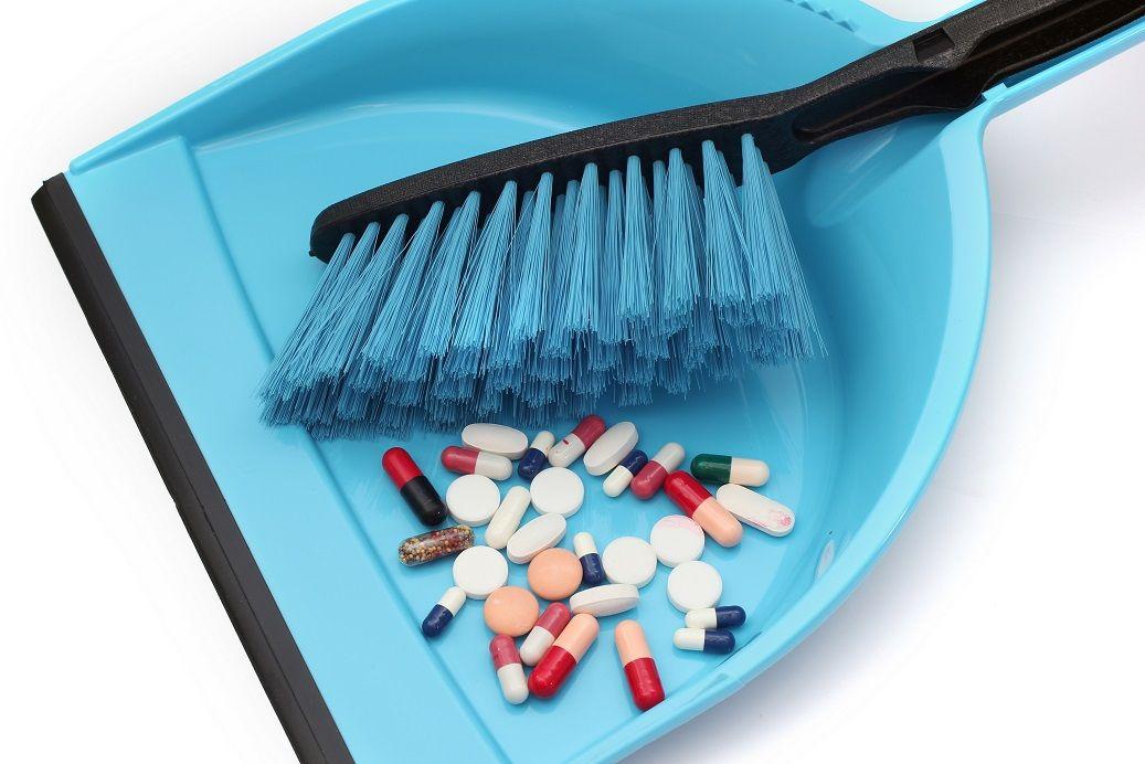 Nu aruncați la gunoi medicamentele expirate! Iată ce puteți face cu ele