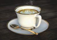 Adăugați acest ingredient-minune în cafea. Stimulează activitatea creierului, întărește sistemul imunitar și scade nivelul zahărului din sânge