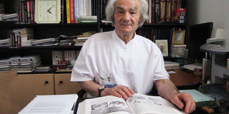 Interviu LiveDoc cu prof. Leon Dănăilă, neurochirurgul aşezat alături de Einstein printre cele 500 de genii ale secolului 21