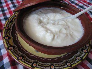 Nutriționist: Acesta este cel mai sanatos tip de iaurt