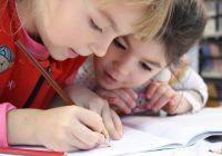 Șase metode prin care îi stimulezi copilului capacitatea de învățare