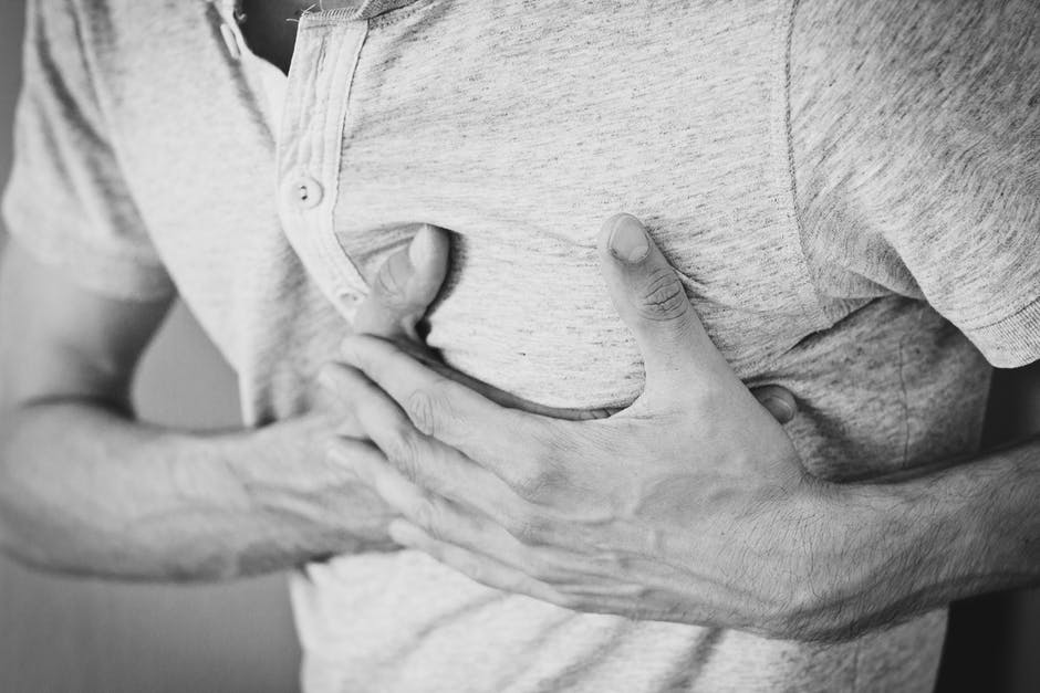 Semnele prevestitoare ale infarctului. Apar și cu o lună înainte