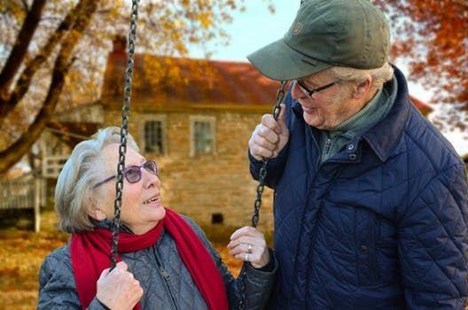 Dacă nu mai ai MIROS, poate fi semnalul unei maladii extrem de grave. Ce alte simptome anunță temuta boală