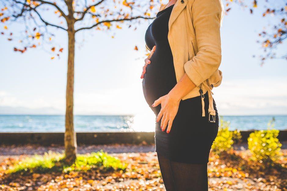 Procedura de doar 10 minute care le permite femeilor să aibă copii după 40 de ani