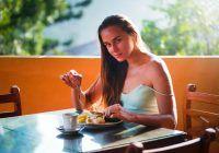 Cele mai nesănătoase combinații de alimente. Nu consuma, niciodată, la aceeași masă, aceste alimente!