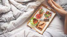 Cinci nutrienți-cheie de care are nevoie orice persoană sedentară