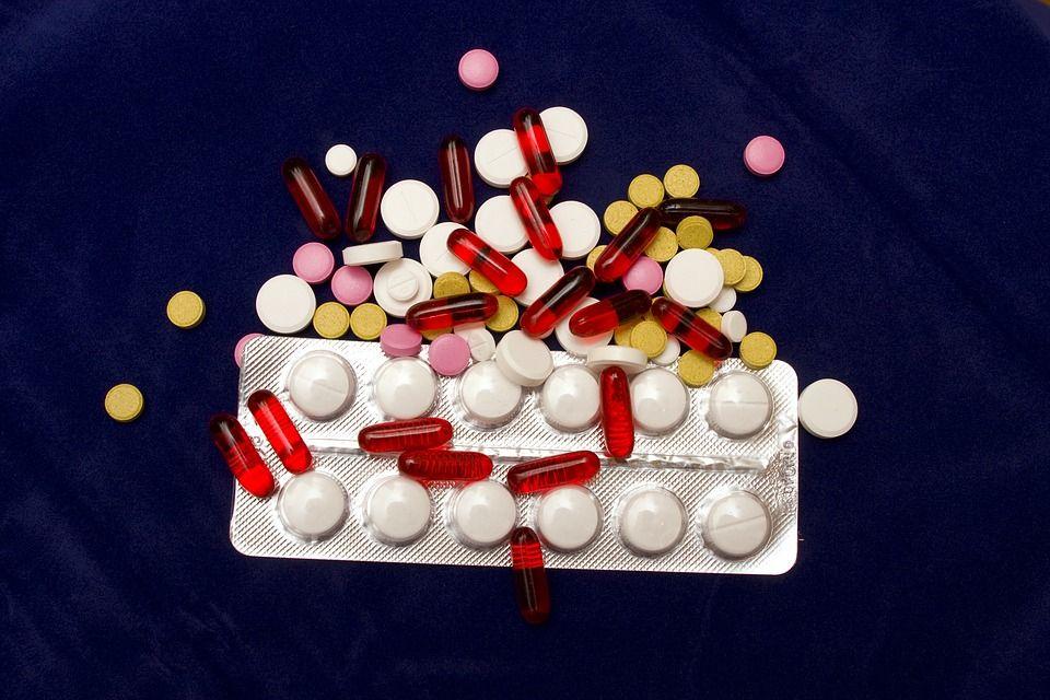 Gata cu pastilele la bucată! De când intră în vigoare noile reguli