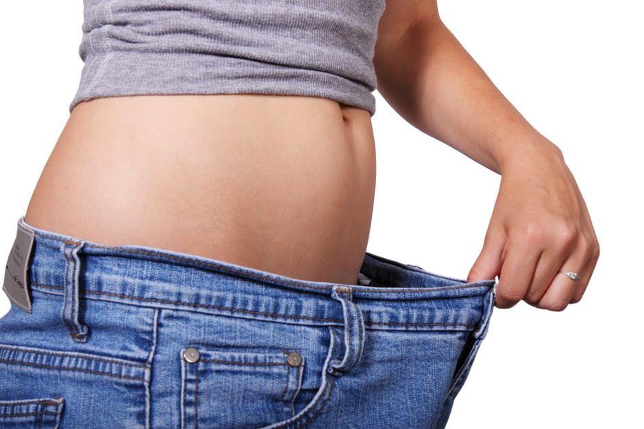 """Cea mai EFICIENTĂ dietă de SLĂBIT. """"TOPEŞTE"""" 20 de kg în timp record"""