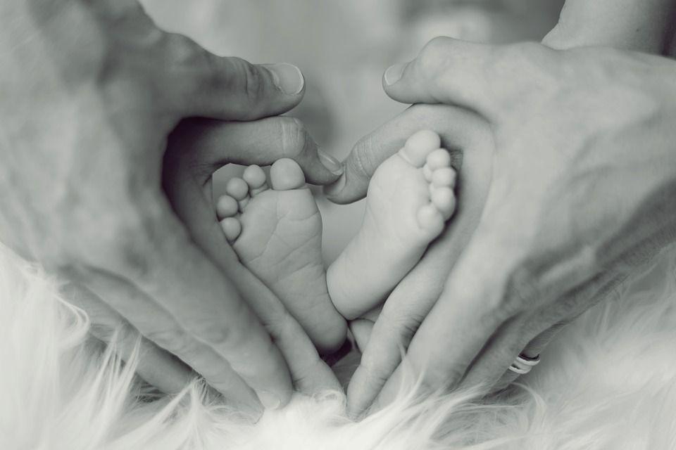 Chiar dacă ai născut recent, nu trebuie să renunți la viața intimă. 5 METODE contraceptive după SARCINĂ