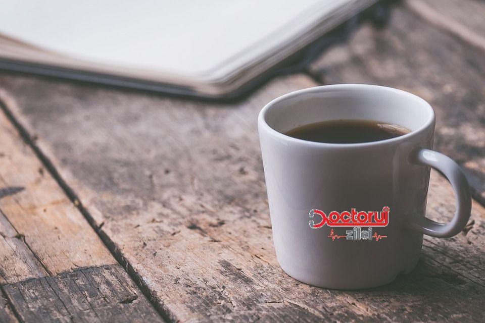 Câtă cafea trebuie să bem zilnic, pentru a ține doctorul la distanță? Un nou studiu schimbă tot ce știam până acum