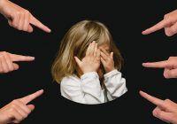 Părinții își pot programa copiii la EȘEC, prin greșeli imense de educație parentală